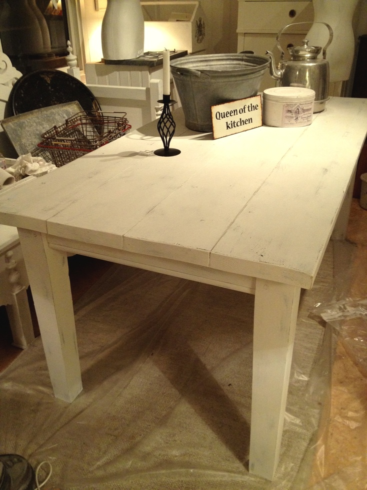 Himlarum - Stort rustikt matbord i fransk lantstil