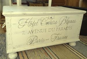 Kista soffbord shabby chic  Hotel Coeurs Blancs