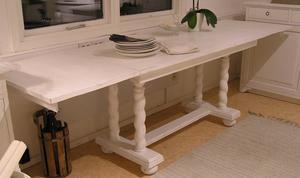 Långt och smalt matbord/arbetsbord shabby chic