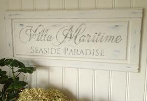 Handmålad träskylt Villa Maritime