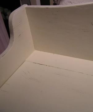Nätt träsoffa shabby chic med text Lavande de Provence