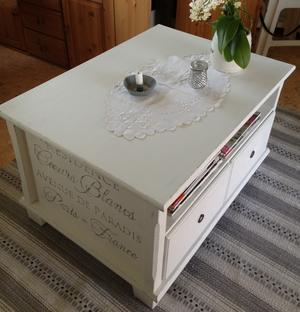 Soffbord med fransk text, 2 st lådor och 6 st fack