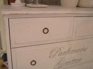 6-lådig byrå Parfumerie Gaultier