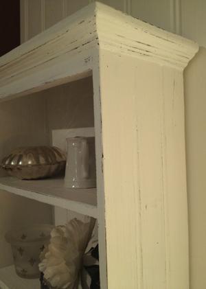 Litet väggskåp hylla shabby chic